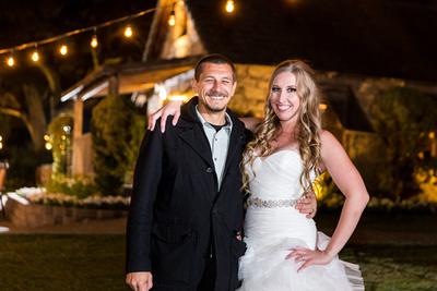 Wedding Photographer with Bride at Tem Creek Inn Stone House